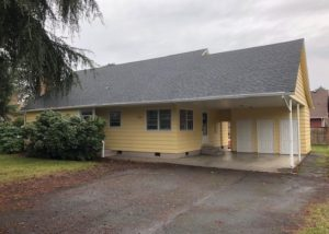 Large 3 Bedroom Farmhouse in McMinnville
